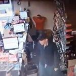 El video de un asalto frustrado en OXXO se vuelve viral