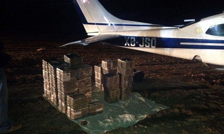 Photo of Encuentran avioneta cargada con valor de 50 millones de pesos en cocaína en Guanajuato