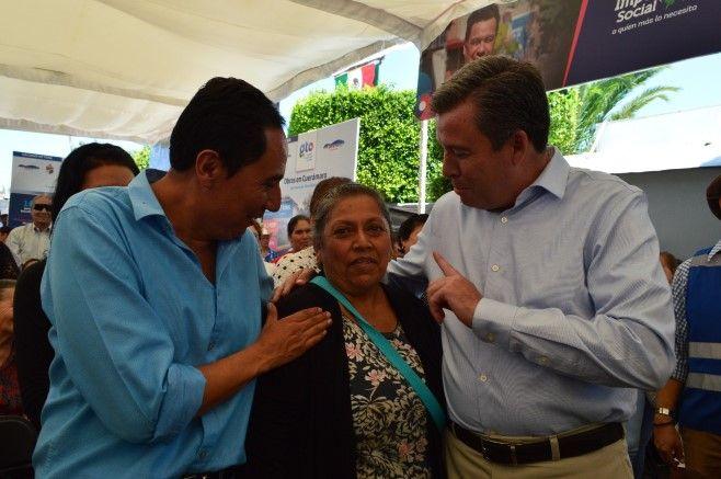Photo of Más de 2300 acciones de Impulso Social en Cuerámaro