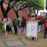 Coloca Larisa Solórzano bando solemne para el inicio de fiestas patrias