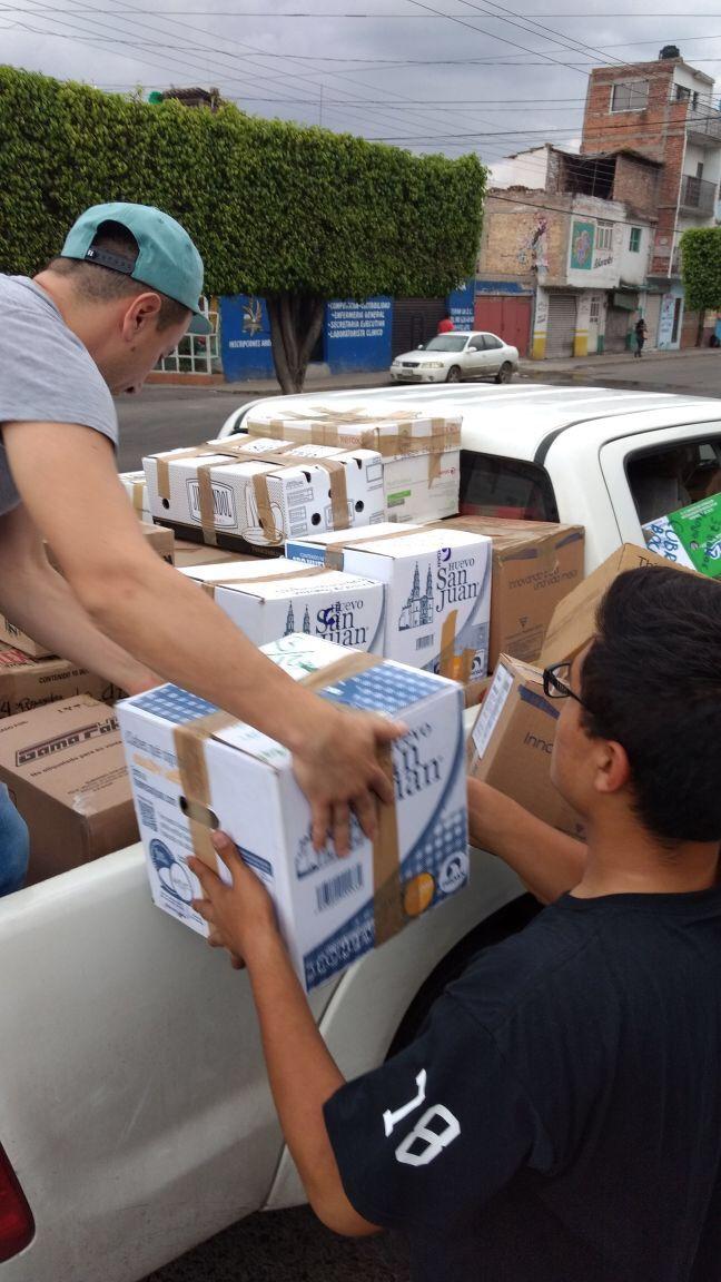 Photo of Garantizan el traslado de los víveres recaudados para hacerlos llegar a los damnificados por desastres naturales en el país