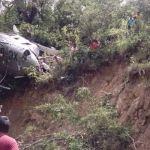 Cae helicóptero con víveres para damnificados