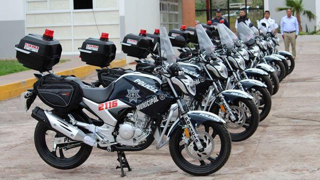 Photo of Alcalde realiza entrega de moto patrullas a elementos policíacos