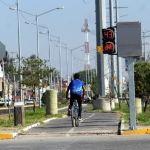 Colocan semáforos ciclistas en varios cruces del eje Clouthier