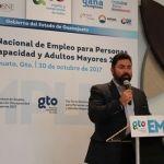 Acerca SDES empleo a adultos mayores y personas con discapacidad
