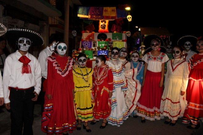 Photo of Majestuoso desfile de catrinas disfrutaron los neopoblanos