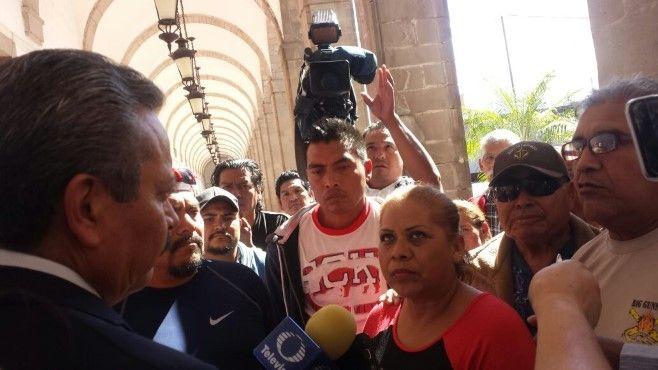 Photo of Acusan a regidores priistas estar detrás de la desestabilización del comercio en Irapuato