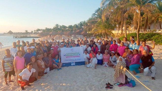 Photo of Lleva DIF Estatal a Personas Adultas Mayores a Campamento en Cancún