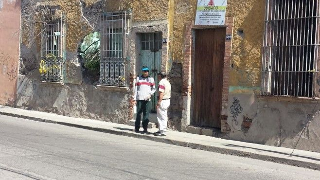 Photo of En constante riesgo por casas a punto de colapsar