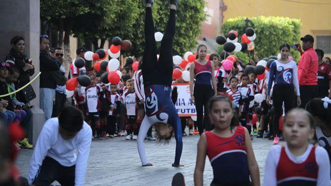 desfile-celaya.jpg