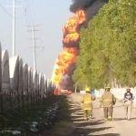 Arde ducto de PEMEX en Ciudad Industrial; hay un lesionado