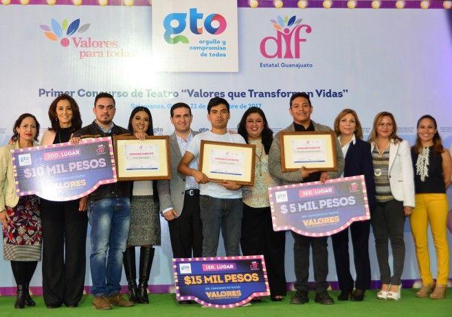 """Photo of DIF Estatal Reconoce a los Ganadores de Concurso de Teatro """"Valores Que Transforman Vidas"""""""