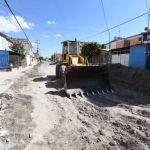 Inician trabajos de fresado por mantenimiento mayor en la calle Villahermosa de la colonia Solidaridad-Infonavit