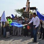 Arranca Moy Cortéz trabajos de pavimentación en camino que lleva a Puerta de la Reserva