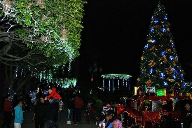 Photo of Pueblo Nuevo se ilumina con la estrella de la Navidad