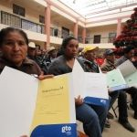 Entregan 240 escrituras en Celaya