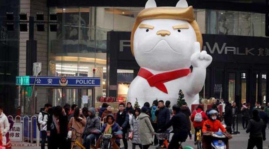 """Photo of En China """"convierten"""" a Trump en perro"""