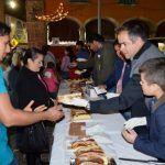 Comparten familias abasolenses y autoridades la tradicional rosca de reyes