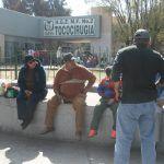 Frío aqueja a familiares de hospitalizados en IMSS