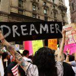 Trump propone legalizar a 1.8 millones de dreamers a cambio de reforzar seguridad fronteriza