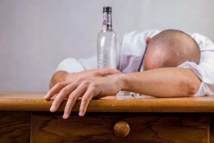 Photo of El alcohol puede dañar el ADN de células madre