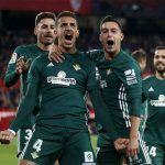 Betis golea al Sevilla y Guardado es titular