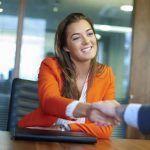 Ocho de cada diez profesionistas desean que mejore el empleo en 2018