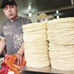 El kilo de tortilla subiría hasta los 17 pesos, advierte la Unimtac