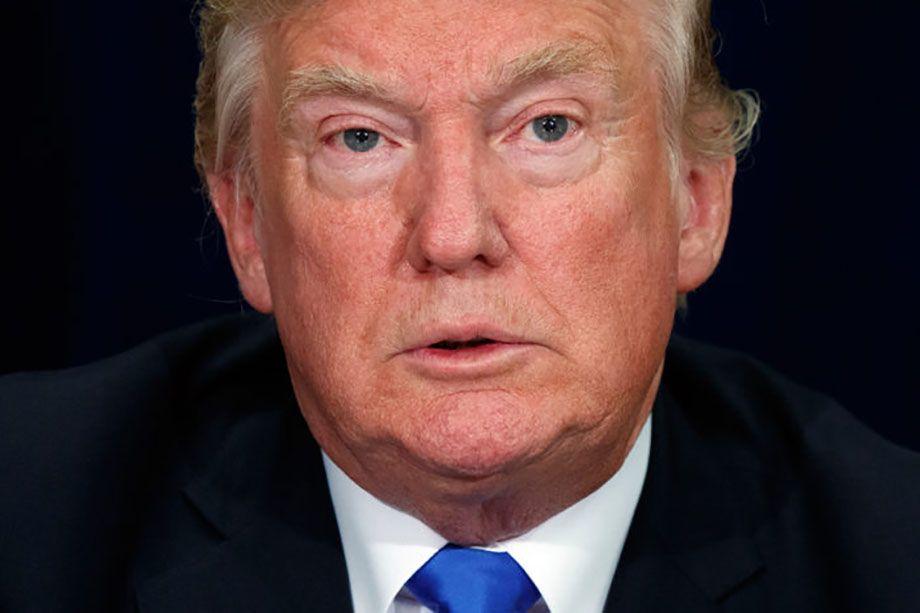 """Photo of Trump se defiende: asegura ser un """"genio muy estable"""""""