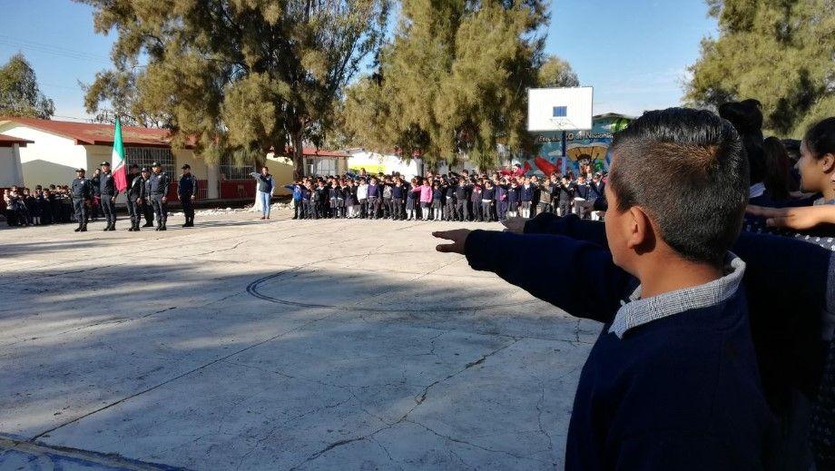 Acto Cívico en San Nicolás Temascatío (1)