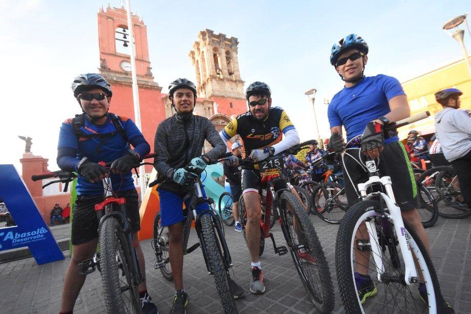 Photo of Realizan primer Circuito de Ciclismo de Montaña en Abasolo