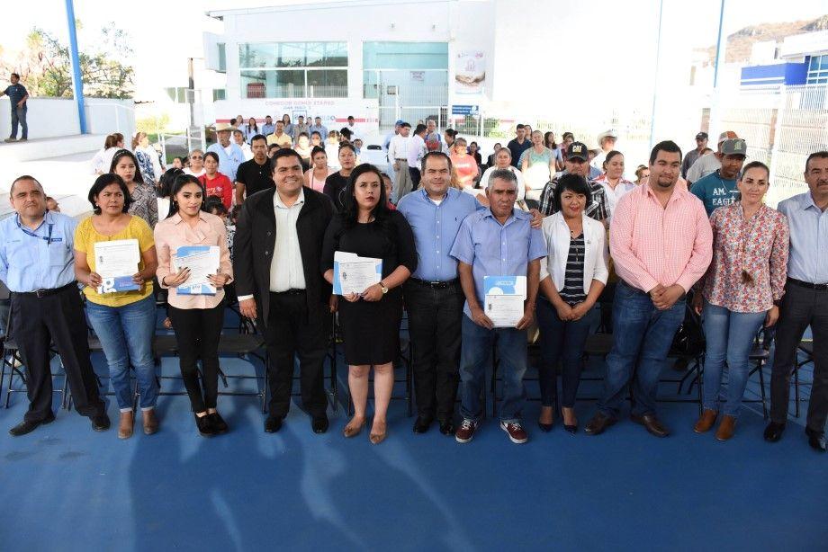 Photo of INAEBA Entrega Certificados de Primaria y Secundaria