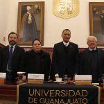 Académico de la UG presenta publicación sobre el Derecho Penal en México