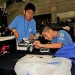 Prepara SEG en la región a estudiantes talentos en robótica para competencias