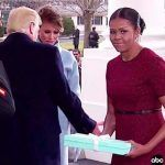 Michelle Obama explica regalo de Melania Trump
