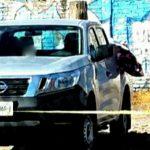 Abandonan camioneta con varios cadáveres en Pénjamo