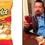 ¡De película! Llevarán al cine vida de hispano que inventó los Flamin' Hot Cheetos