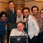 """The Big Bang Theory"" le dice adiós a Stephen Hawking"