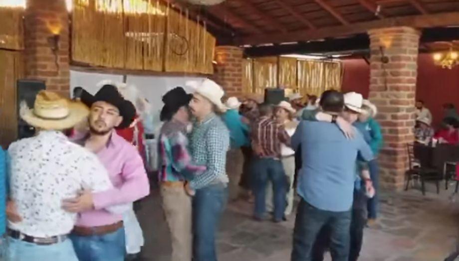 vaqueros-gay.jpg