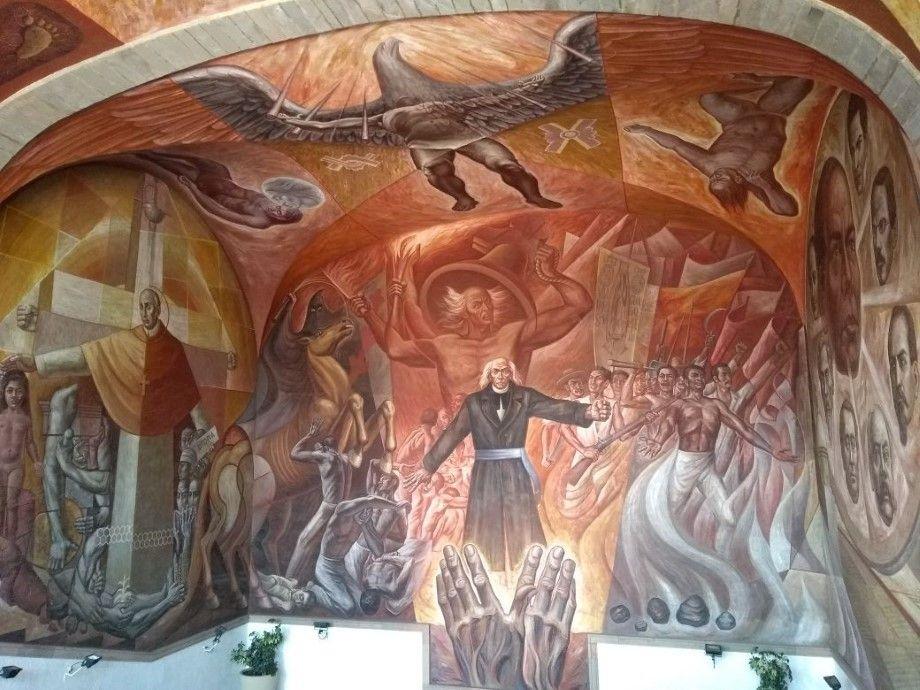 Somos mexicanos somos espa oles y somos irapuatenses for El mural de mosaicos