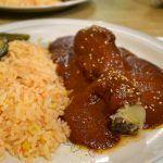 ¡Pásale al rico mole poblano!; Playa Azul, restaurante de Cuerámaro