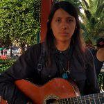 """""""De la música comes y vives, mi vida gira en torno a ella"""": interprete de reggae"""
