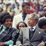 Fallece la activista Winnie Mandela, segunda esposa de Nelson Mandela