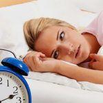 Estudio revela que las mujeres necesitan dormir 20 minutos más que los hombres