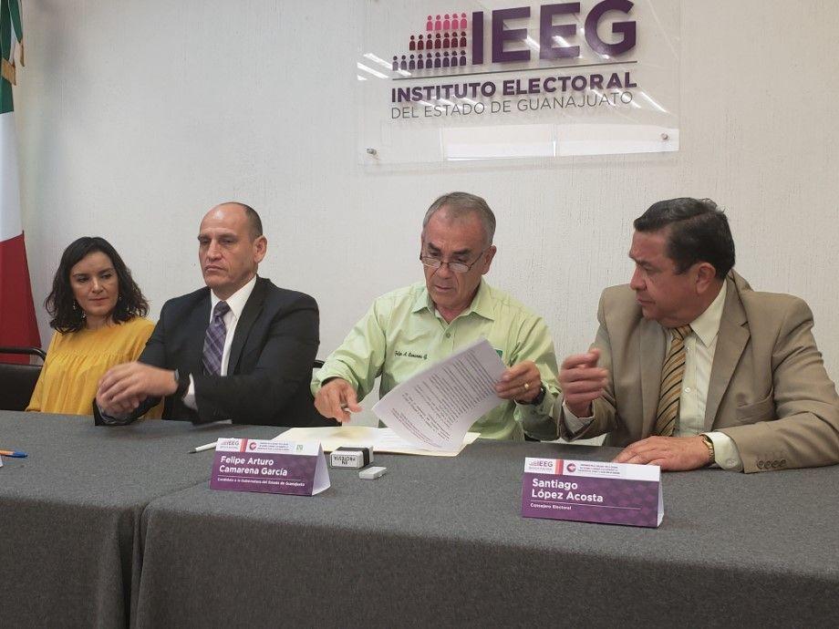 Photo of Denuncia Camarena que gobernador utiliza recursos públicos para beneficio del candidato del PAN