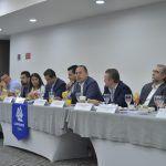 firman candidatos del frente compromiso contra la impunidad ante empresarios