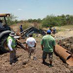 Trabaja PC en la limpieza y reforzamiento de cauces de arroyos y canales en comunidades