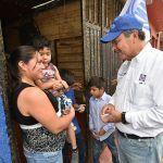 Recorre Ricardo Ortiz colonias de Irapuato
