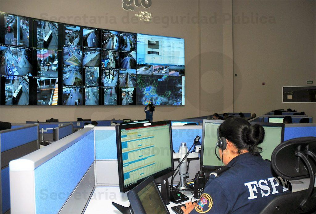 911-cabina-emergencias.jpg