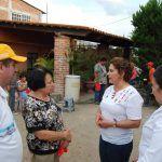Trabajar por abatir rezago y pobreza extrema ofreció Adriana Solórzano